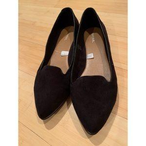 Merona pointy toed black flats